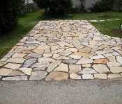 Natural Stone Pervious Driveway, Edgewater
