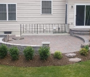 Sitting Wall and Paver Patio, Crofton